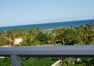 Penthouse at Buraquinho w sea view