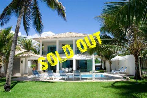 Beachfront house for sale Vilas do Atlantico Bahia