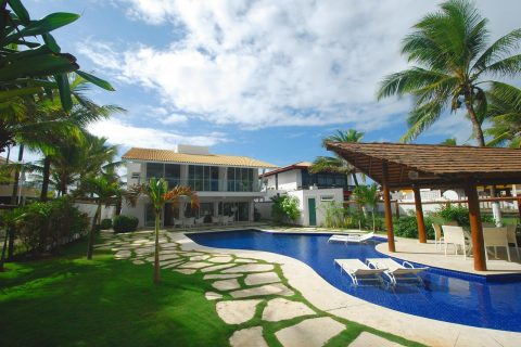 Beachfront house Vilas do Atlantico Bahia