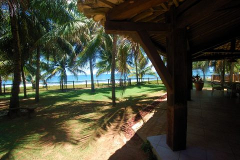 Incredible beachfront Itacimirim Bahia