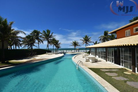 Luxury beachfront at Busca Vida